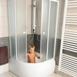 Dziļais dušas stūris, dušas kabīne